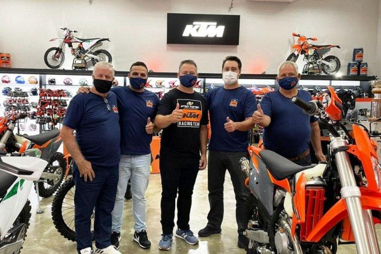 Grupo Pro Tork inaugura KTM Sportbay