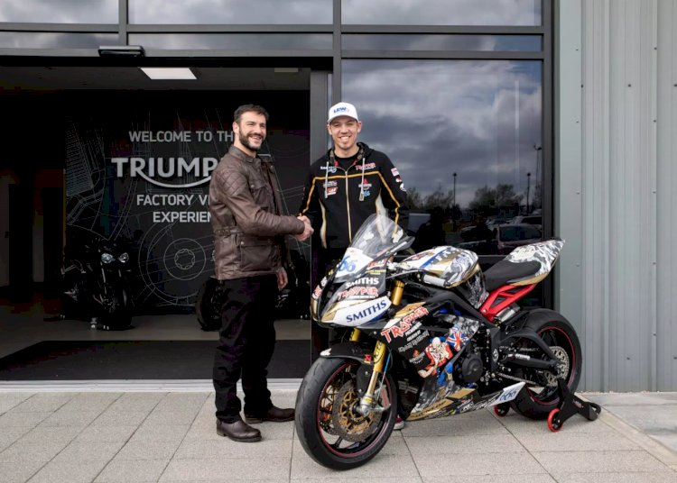 Triumph nas corridas da Supersport