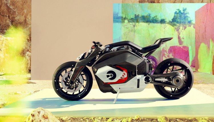 BMW e sua moto elétrica