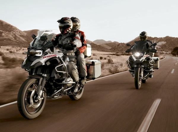 BMW Motorrad oferece pacote de acessórios