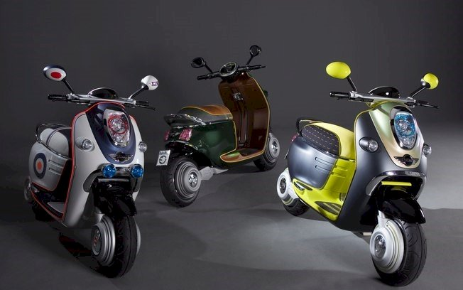 Mini lança scooter acionada via celular