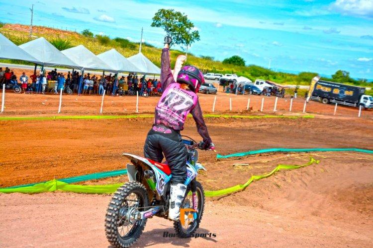 Alex Lucena conquista três vitórias no Festival de Motocross