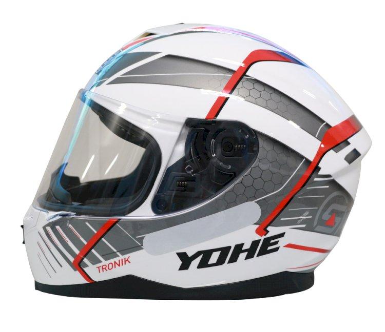 Yohe lança novo capacete