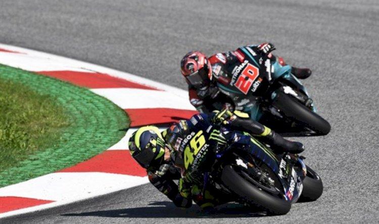 Dovizioso vence batalha épica com Márquez na Áustria