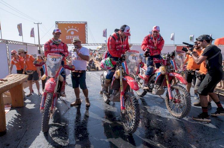 Tunico Maciel é bicampeão das motocicletas no Sertões
