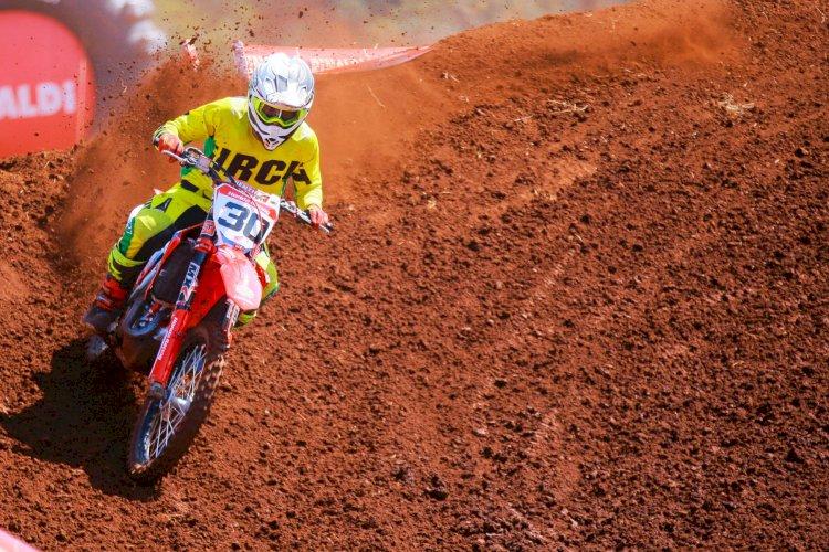 Sexta etapa do Brasileiro de Motocross acontece em Jarinu-SP