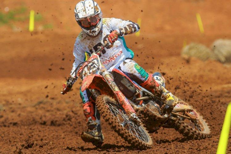 Pilotos Honda fecham corridas do Brasileiro de Motocross na segunda posição