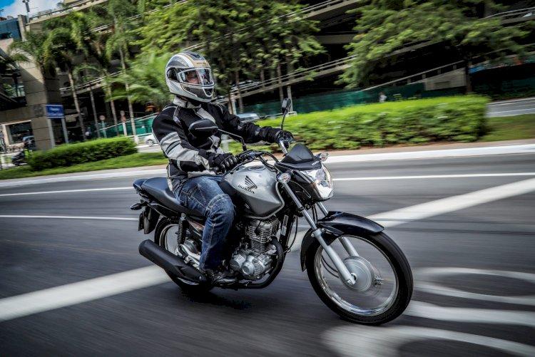 Linha de capacetes Honda