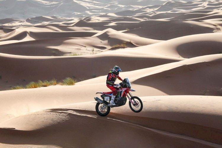 Andrew Short leva o Rally do Marrocos