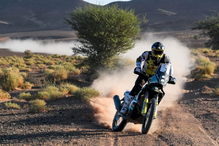 Andrew Short leva o Rally do Marrocos