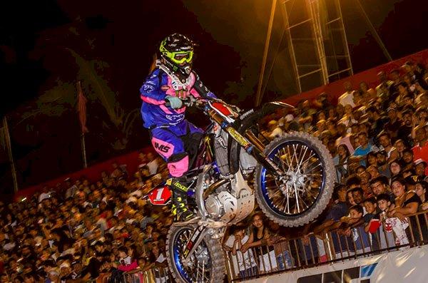 Yamaha Racing Brasil adere à campanha Outubro Rosa