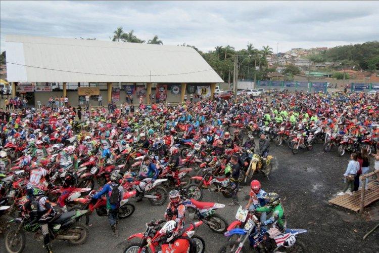 Macacolama é sucesso em seu terceiro encontro de trilheiros, em Cajati (SP)
