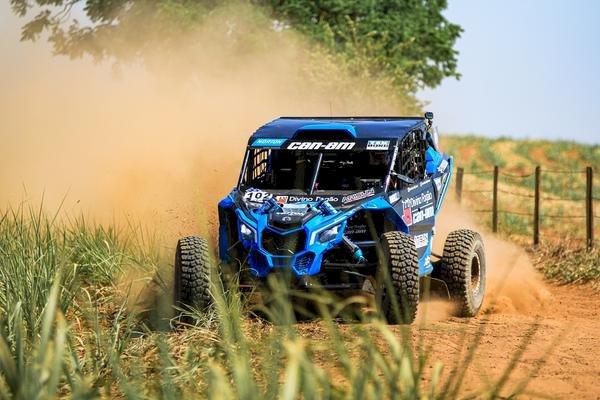 Rally Serra Azul, em São Manuel, foi valido para o Brasileiro de Baja