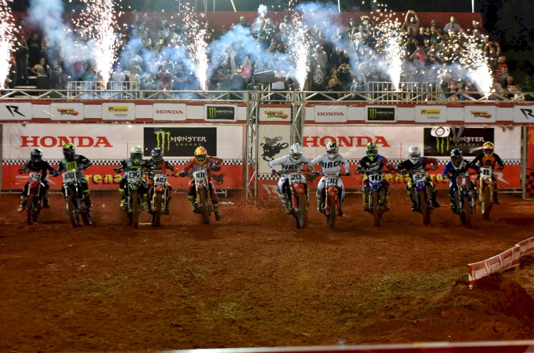 Grande final do Arena Cross se aproxima