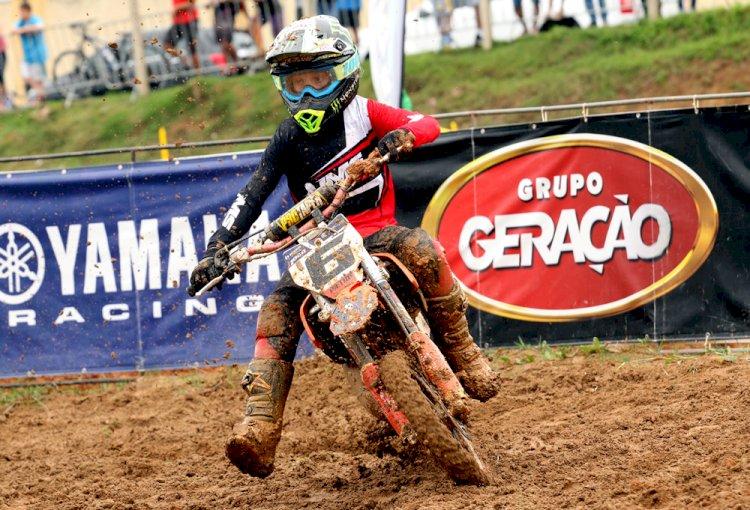 Pepê Bueno domina final do catarinense de MX