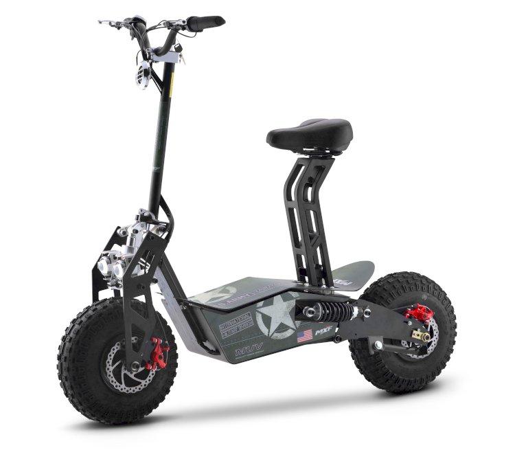 Patinetes viram meio de transporte e fabricantes inovam em modelos