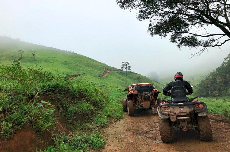 UTVs e quadriciclos desbravam região serrana do RJ